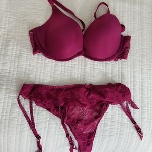 Victoria Secret Bra, Panty and Garter set